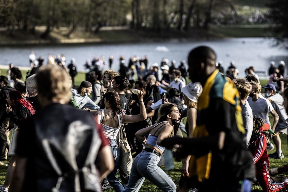 In beeld: aprilvisfestival wordt veldslag