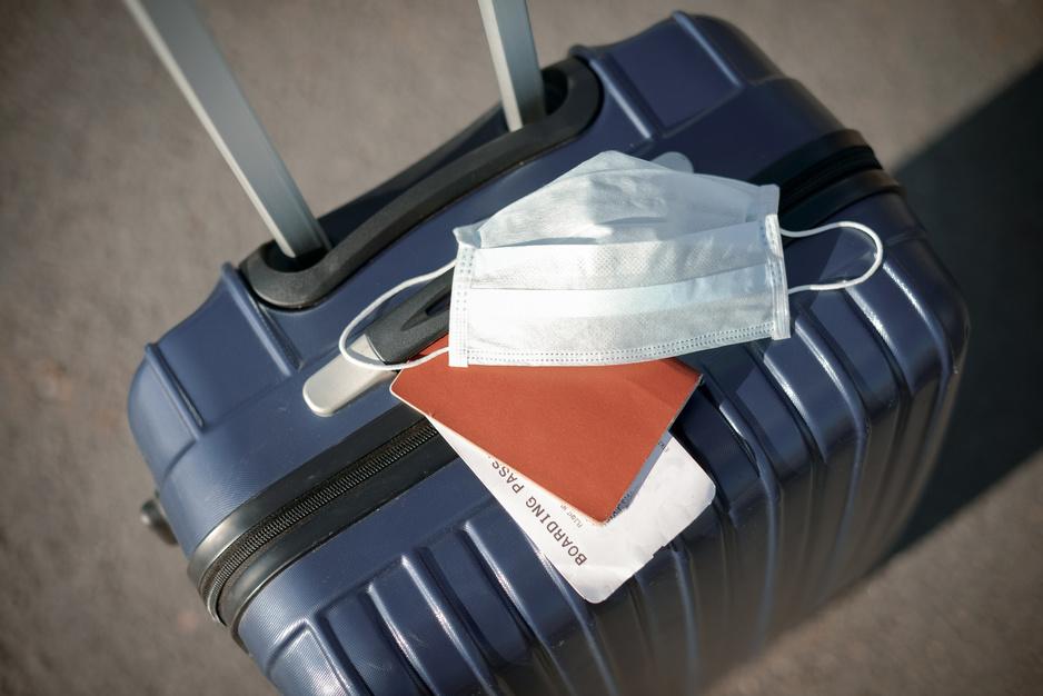 Tests, quarantaine, restaurants...: quelles sont les mesures dans vos destinations de vacances?