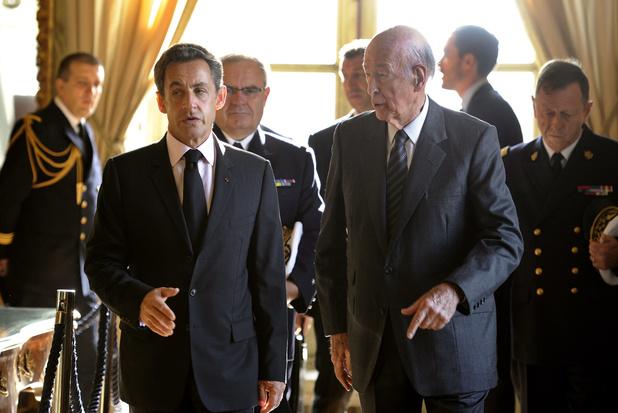"""""""Il a fait honneur à la France"""": Macron, Hollande et Sarkozy rendent hommage à Valéry Giscard d'Estaing"""