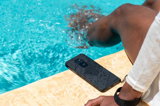 Motorola introduit un smartphone quasiment indestructible