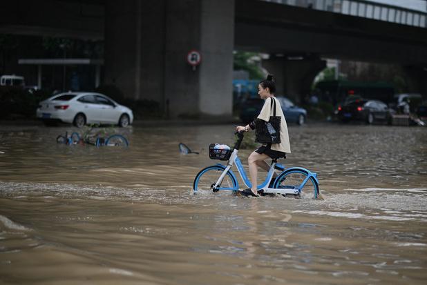 La Chine frappée par les inondations: au moins 33 morts et 8 disparus