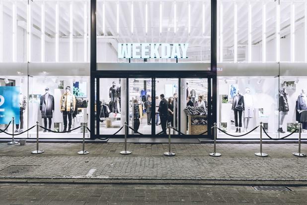 Weekday opent winkel in Leuven