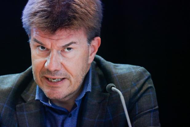 Le gouvernement bruxellois en quarantaine, après le wallon
