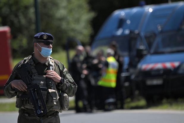 Franse politieagente zwaar verwond door 'geesteszieke en geradicaliseerde man'
