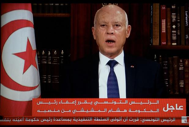 Tunesische president ontslaat premier en 'bevriest' parlement na straatprotesten