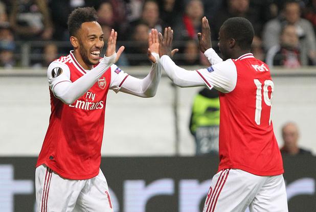 Arsenal, Manchester United et Séville frappent d'entrée