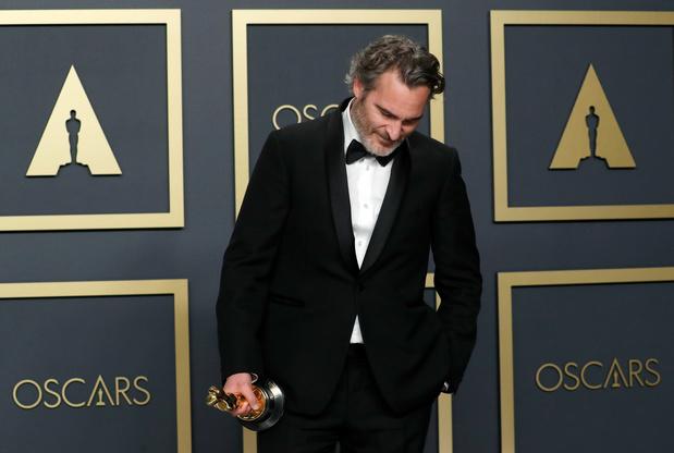 Sprekende outfits: deze statements maakten de sterren tijdens de Oscaruitreiking