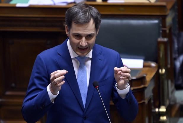 Aucun gouvernement n'a demandé la levée du couvre-feu, selon De Croo