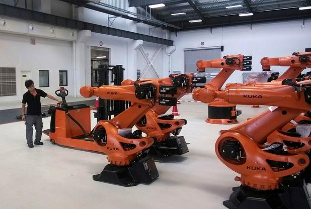 We geven meer uit aan drones en robots