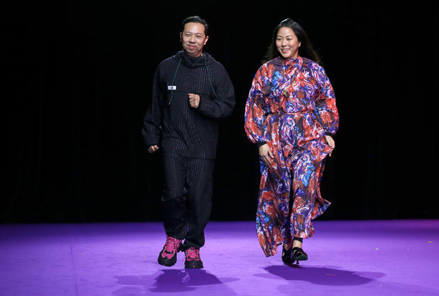Kenzo neemt afscheid van ontwerpers Humberto Leon en Carol Lim