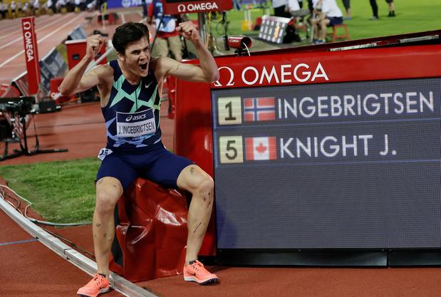 Jakob Ingebrigtsen breekt Europees record van Mourhit op 5000 meter