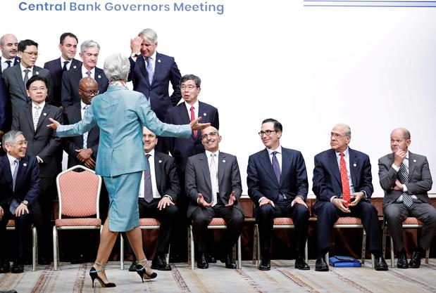 Christine Lagarde casse un nouveau plafond de verre, à la tête de la BCE