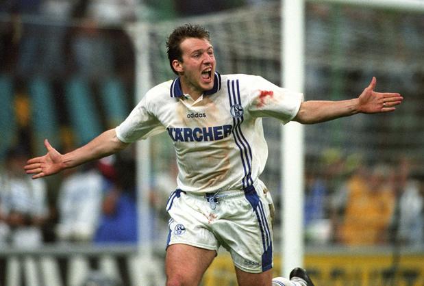 Ce jour-là : Marc Wilmots offre la Coupe UEFA à Schalke 04
