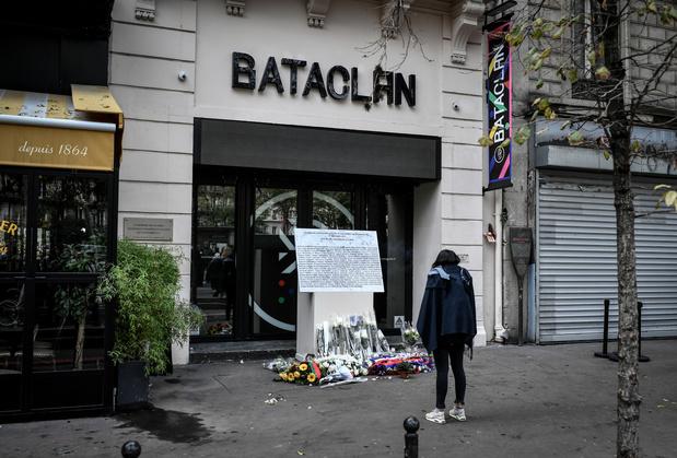 Commémorations des attentats de Paris du 13 novembre 2015 sur fond de menace persistante