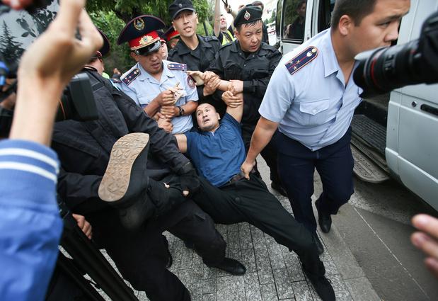 Verkiezingen Kazachstan 'bezoedeld door schendingen van fundamentele vrijheden'