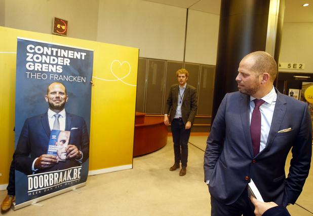 """Affaire Kucam: """"Francken doit-il démissionner de son poste de bourgmestre ?"""""""