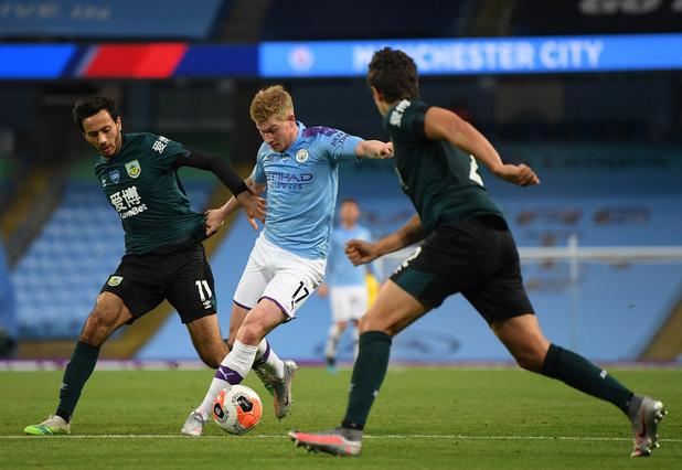 Manchester City, avec De Bruyne la dernière demi-heure, écrase Burnley