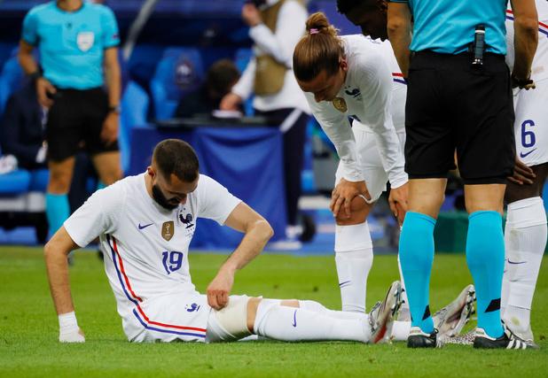 Benzema Valt Geblesseerd Uit Tijdens Oefenpartij Van Frankrijk Tegen Bulgarije Voetbal Internationaal Sportmagazine