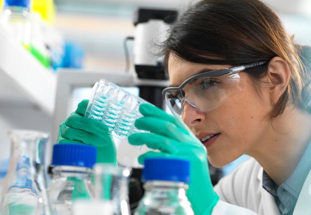 Bijwerkingen van PD-1- en PD-L1-antagonisten in klinische studies