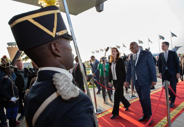 Sophie Wilmès est arrivée à Kinshasa pour resserrer les liens avec le Congo