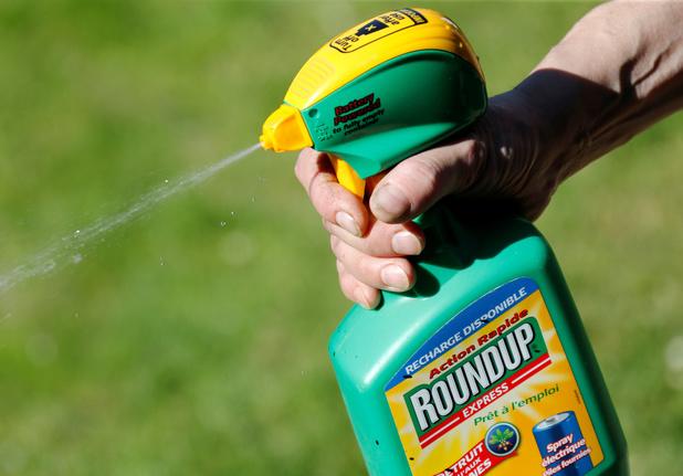 Monsanto condamné à verser plus de 2 milliards à un couple: un juge américain juge l'amende trop lourde
