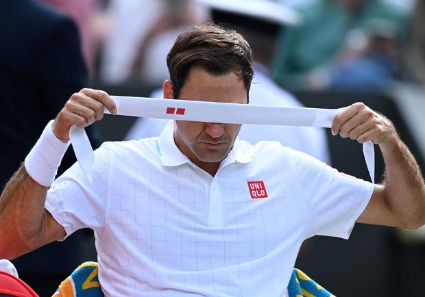 Roger Federer quitte Wimbledon la tête basse