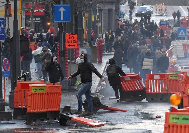 """Violences à Liège: Denis Ducarme (MR) s'en prend au """"silence assourdissant"""" de la ministre de l'Intérieur"""