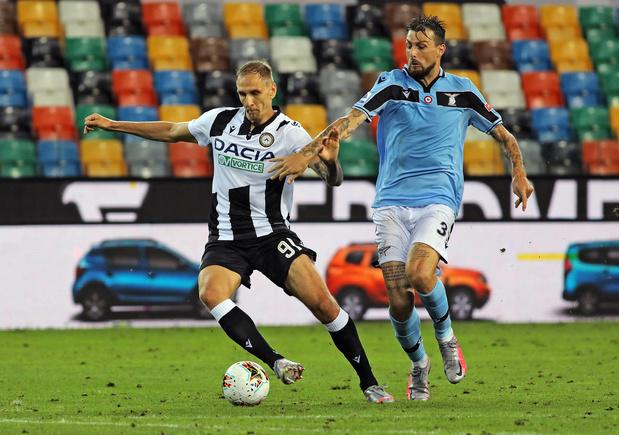 Revue de presse: Teodorczyk pas encore à Charleroi, le CA d'Anderlecht perd un membre
