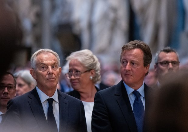 """Brexit : David Cameron ne regrette pas le référendum mais y pense """"tous les jours"""""""