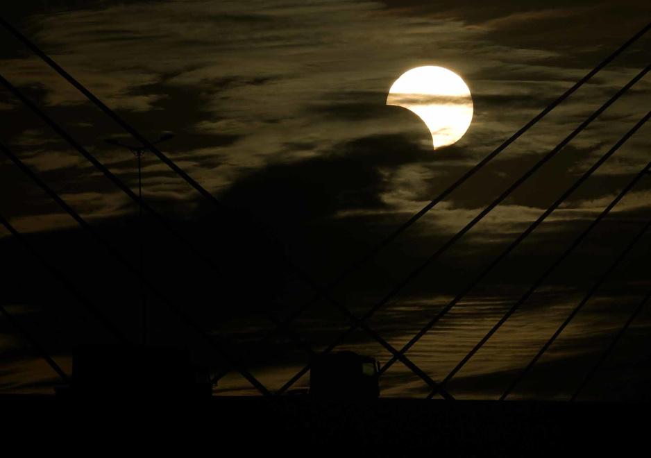 Eclipse totale de soleil au-dessus du Chili (en images)