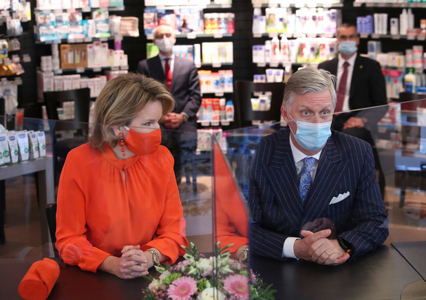 Koning en koningin steken apothekers hart onder de riem