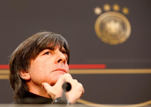 """L'Allemagne quasi-qualifiée pour l'Euro mais """"pas favorite"""" du tournoi, selon Löw"""