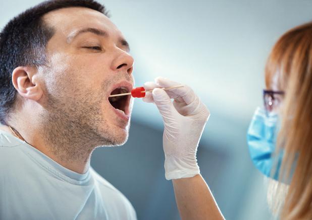 Testing en vaccinatie: welke plaats voor de apotheker?