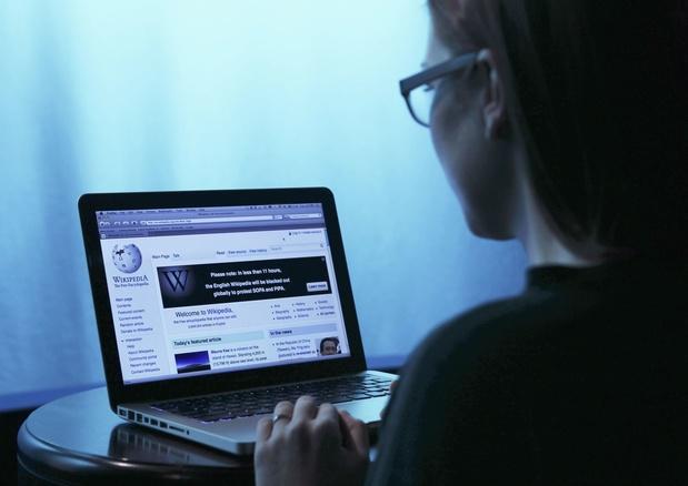 L'apprentissage machine devra signaler le manque de sources à Wikipedia