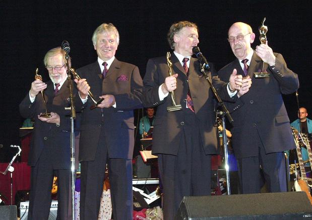 De Strangers-zanger Bob Van Staeyen overleden
