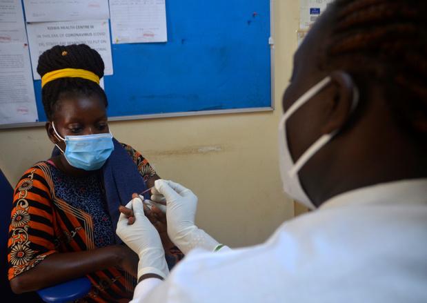Espoir contre la malaria: un candidat vaccin serait efficace à 77%