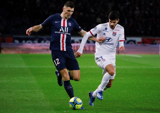 Meunier et le PSG dominent Lyon et Denayer
