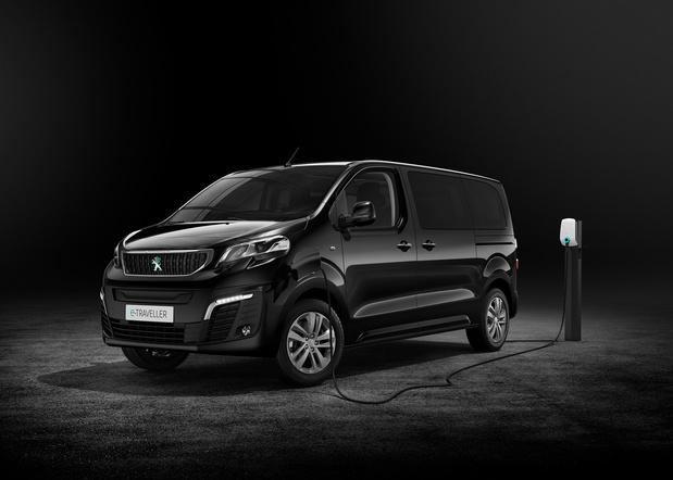 Peugeot e-Traveller, le minibus silencieux