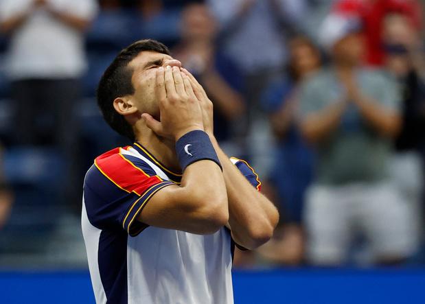 US Open: Carlos Alcaraz succède à Agassi comme plus jeune joueur en quarts