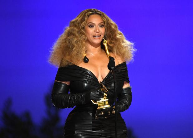 Grammy's: vrouwen boven, en Beyoncé breekt een record