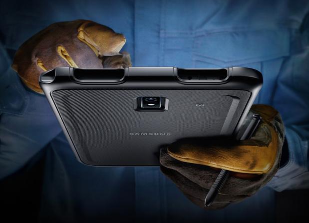 Samsung introduit une robuste tablette