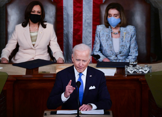 Biden vante une Amérique retrouvée, défend réformes et justice sociale