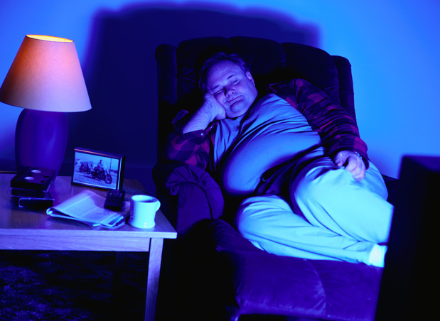 Le coucher tardif et les nuits courtes augmentent le risque d'obésité