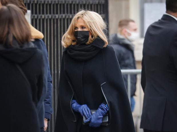 Brigitte Macron positive au Covid-19 pendant les vacances de Noël