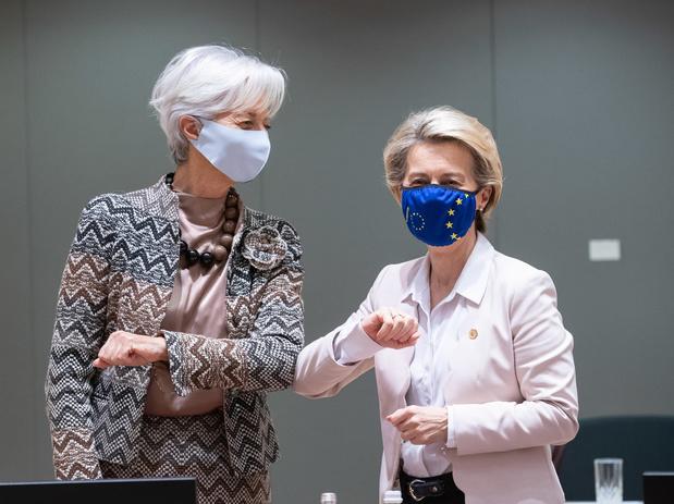 """Christine Lagarde attentive aux """"risques de dégradation"""" de l'horizon économique"""