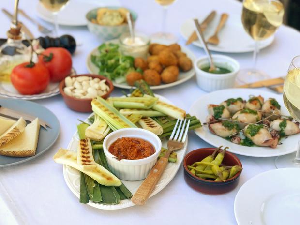 Het perfecte zomerse etentje volgens... June d'Arville (Simple. Tasty. Good)