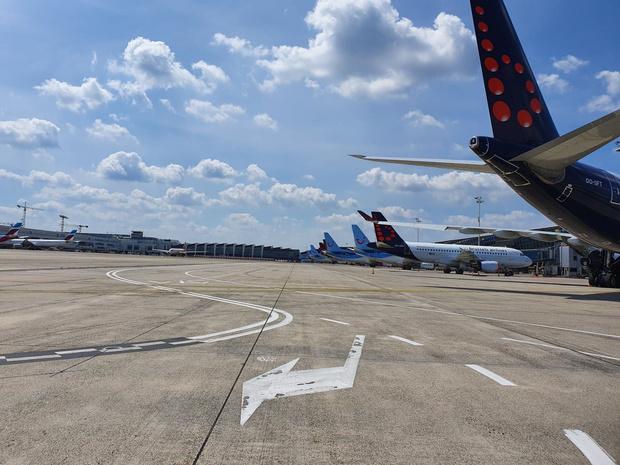 Covid: près de 5 millions d'emplois menacés dans l'aviation