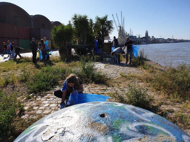 5000 vrijwilligers namen deel aan eerste River Cleanup van de Schelde en Maas