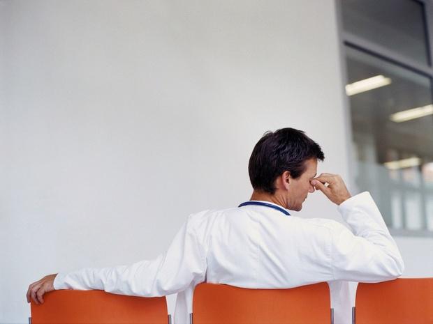 Stress chronique : 22% des professionnels des soins prêts à arrêter