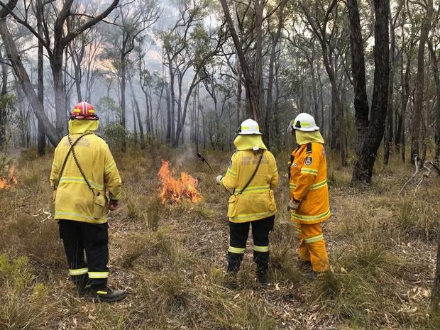 Incendies en Australie: la pluie offre une trêve aux pompiers, qui redoutent les prochains jours